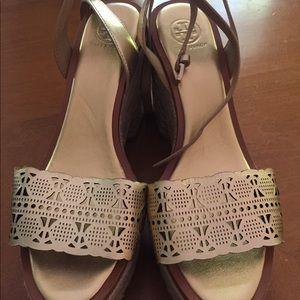 Tory Burch sandals new